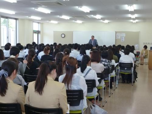 土浦看護専門学校画像
